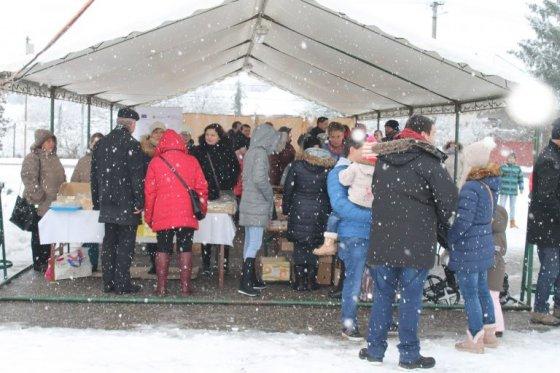 """Prvé """"santovské"""" vianočné trhy"""